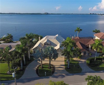 1638 Edith Esplanade, Cape Coral, FL 33904 - MLS#: 218011316