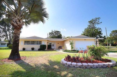 8742 Crest LN, Fort Myers, FL 33907 - MLS#: 218013387