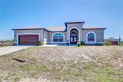 725 Castlestone S AVE, Lehigh Acres, FL 33974 - MLS#: 218027757