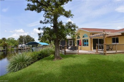 1746 Club House RD, North Fort Myers, FL 33917 - MLS#: 218045701