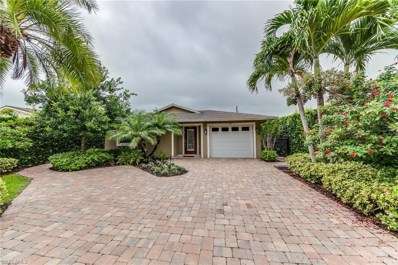 561 92ND N AVE, Naples, FL 34108 - MLS#: 218053170