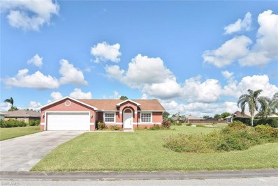 15 Crestwood S CIR, Lehigh Acres, FL 33936 - MLS#: 218056402