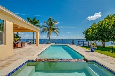 5635 Riverside DR, Cape Coral, FL 33904 - MLS#: 218070278