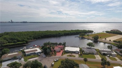 4316 Harbour LN, North Fort Myers, FL 33903 - #: 218072308