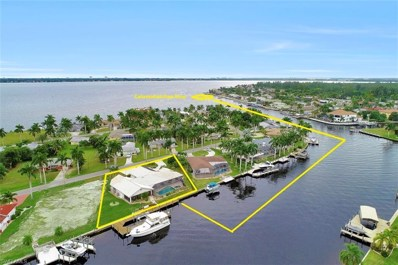 115 Bayshore DR, Cape Coral, FL 33904 - MLS#: 218075306