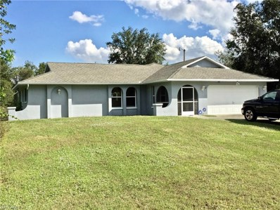 802 Truman AVE, Lehigh Acres, FL 33972 - MLS#: 218077449
