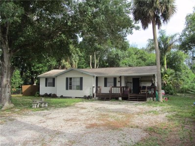 304 Whittier AVE, North Fort Myers, FL 33917 - MLS#: 219041184