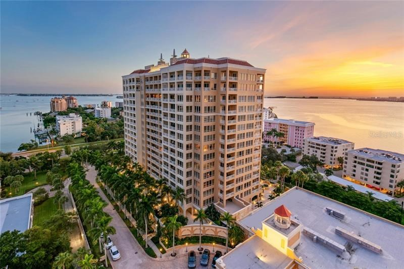 35 WATERGATE DR #1601,