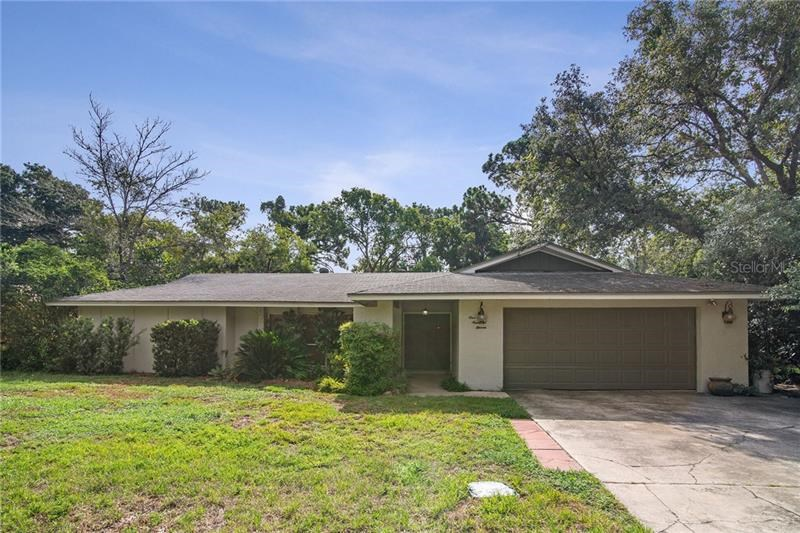 111 COUNTRYSIDE DR,