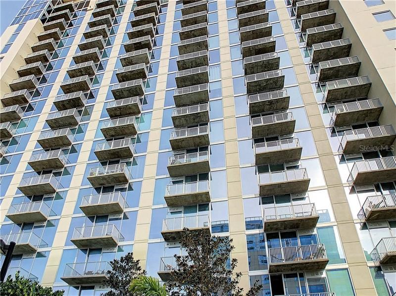 155 S COURT AVE #1009,
