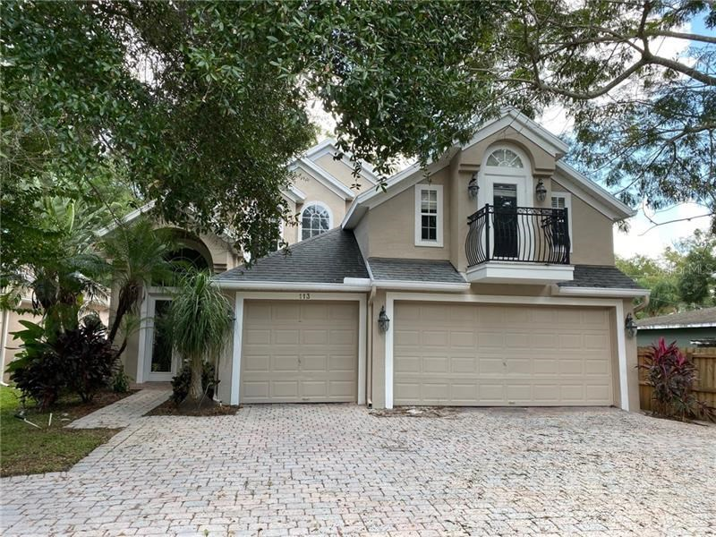 113 SECLUDED OAKS CT,