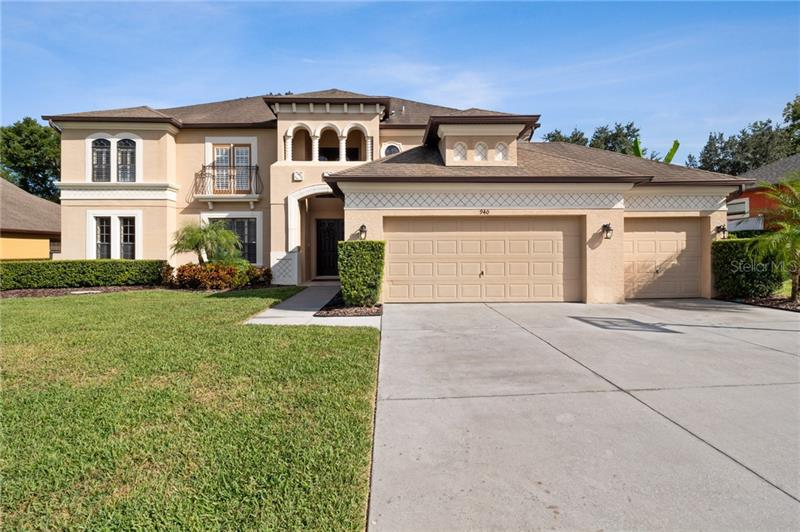 940 COUNTRY CHARM CIR,