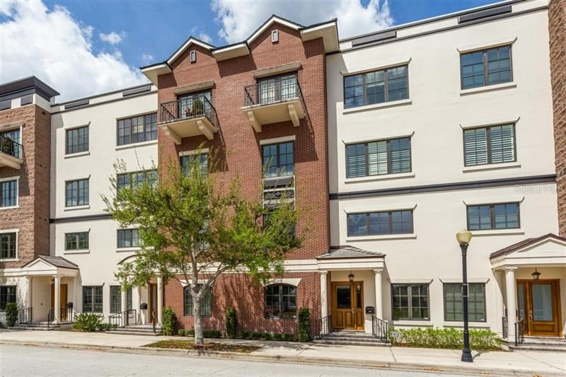 345 W WELBOURNE AVE #104,