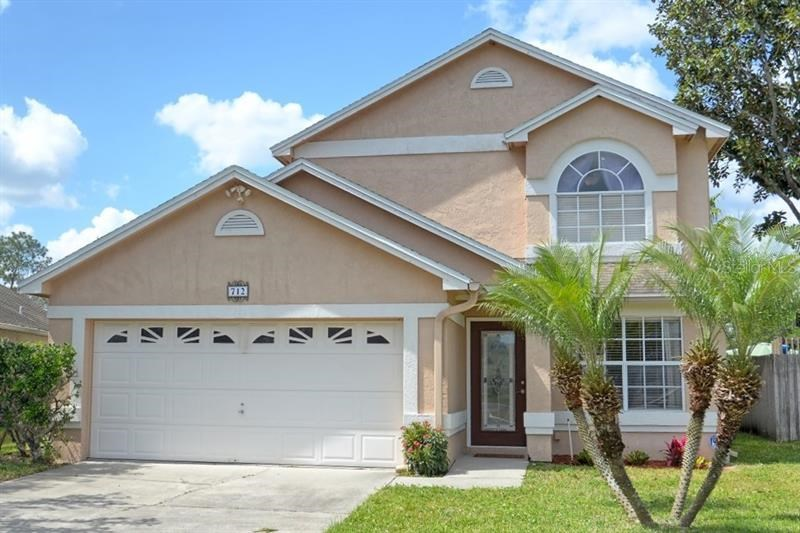 712 CAVE HOLLOW LN #1,