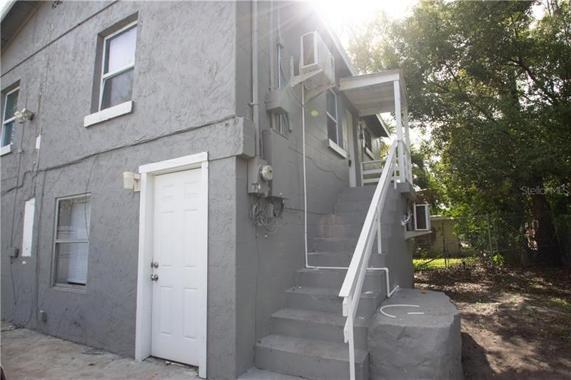 812 W LIVINGSTON ST #C,