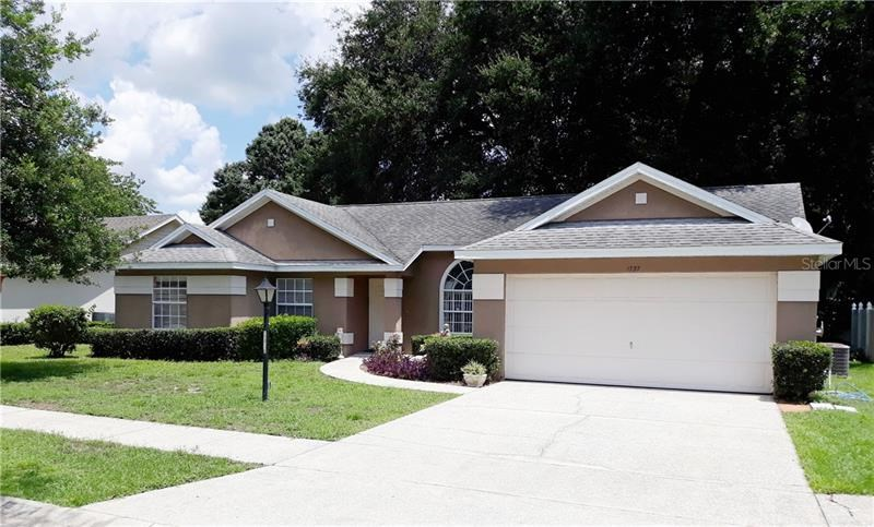 1737 COUNTRY TERRACE LN,