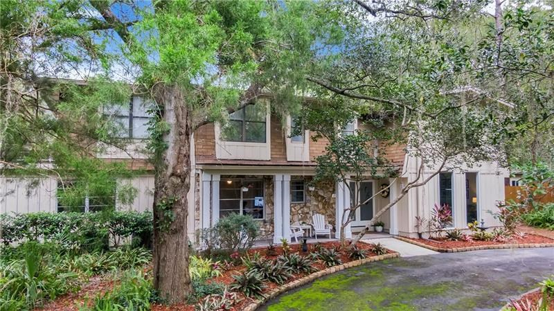 200 RIVER BEND CT,
