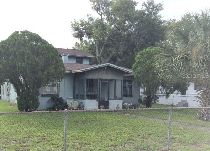 257 S COLLEGE AVE,