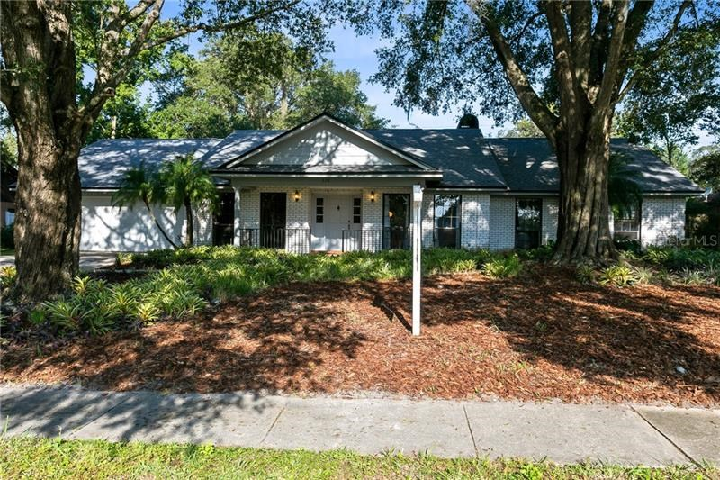 328 FOREST PARK CIRCLE,