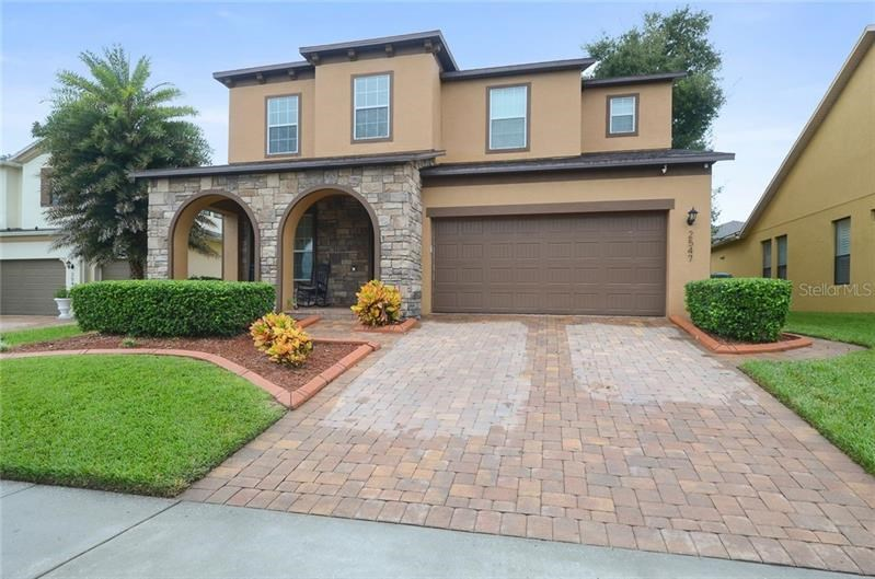 2547 RED BERRY,