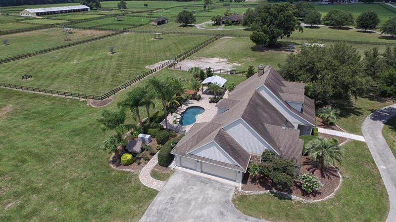 7450 NW 69th ST,