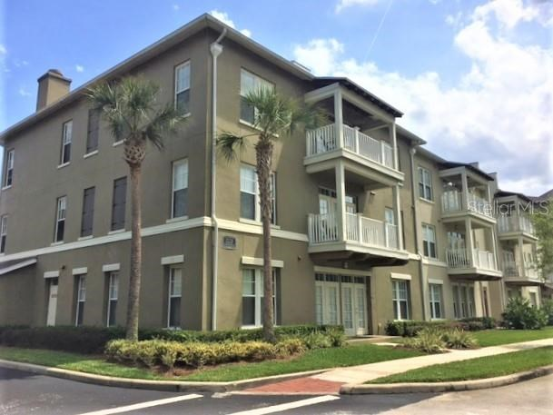 1221 STONECUTTER DR #211,