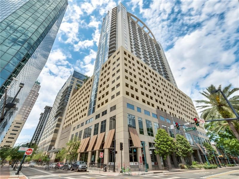 155 S COURT AVE #2007,