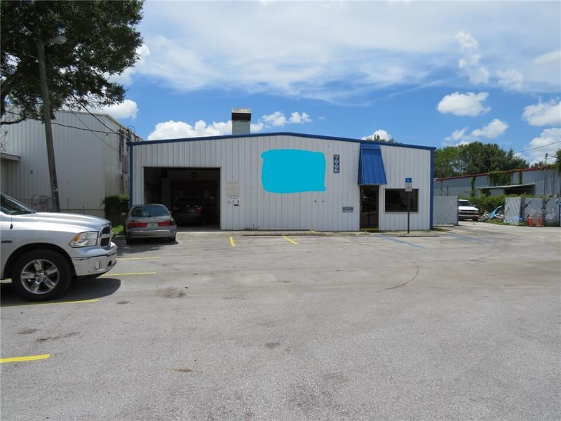 7906 ANDERSON RD,