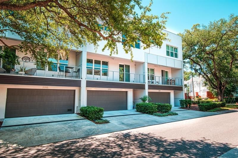 2707 W MARLIN AVE, TAMPA