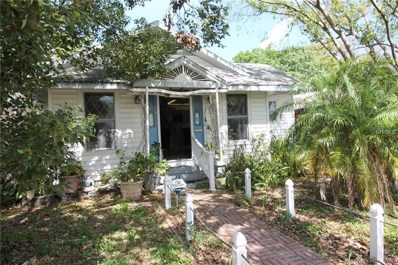 821 43RD Avenue N, St Petersburg, FL 33703 - MLS#: A4212871