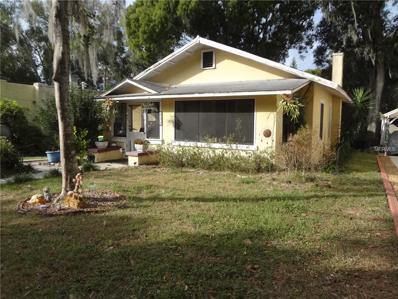 821 N Grandview Street, Mount Dora, FL 32757 - MLS#: G4835435