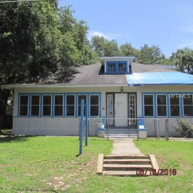 111 S Dixie Avenue, Fruitland Park, FL 34731 - MLS#: G5003329
