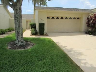 2217 Cypress Court UNIT 2217, Tavares, FL 32778 - MLS#: G5003587
