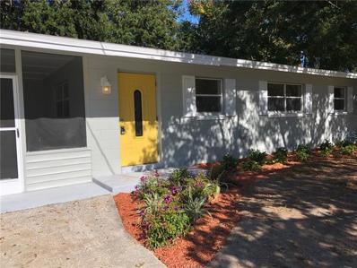 2110 Parkview Avenue, Leesburg, FL 34748 - MLS#: G5009590
