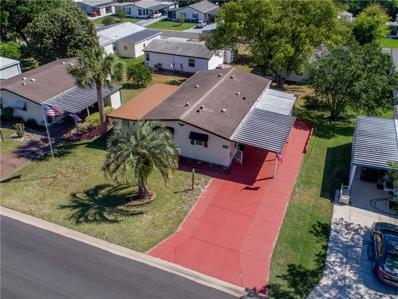 1203 Pompano Lane, Lady Lake, FL 32159 - MLS#: G5010373