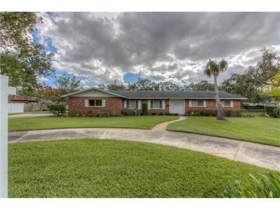 1639 Crystal Lake Drive, Lakeland, FL 33801 - MLS#: L4723749