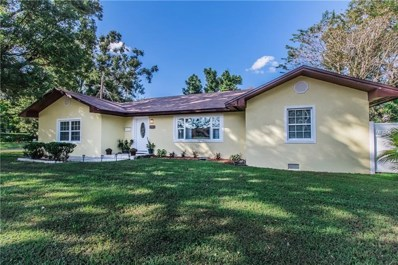 1222 E Edgewood Drive, Lakeland, FL 33803 - MLS#: L4903903