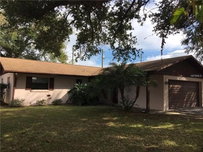 1402 Crystal Court, Tavares, FL 32778 - MLS#: O5553818