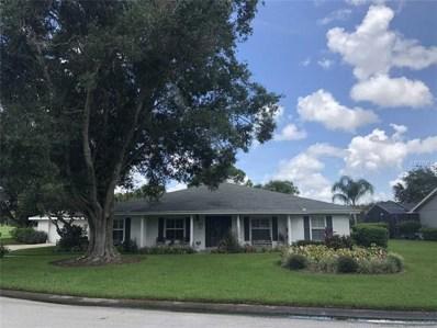 19 Meadowlake Court, Winter Haven, FL 33884 - MLS#: P4901839