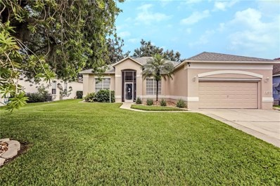 122 Golf Course Pkwy, Davenport, FL 33837 - MLS#: S5006277