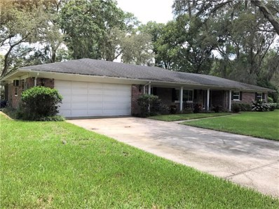 2121 Oakwood Drive, Valrico, FL 33594 - MLS#: T2897943