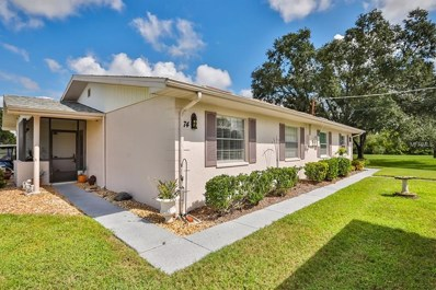 301 Canton Court UNIT 74, Sun City Center, FL 33573 - MLS#: T3131091