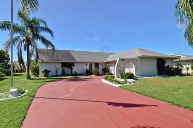 2005 N Pebble Beach Boulevard, Sun City Center, FL 33573 - MLS#: T3133334