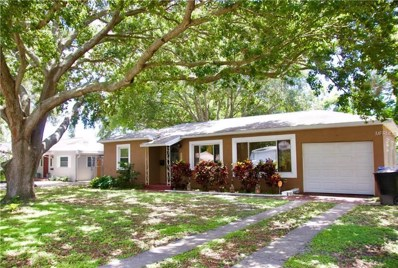 1635 Canterbury Road N, St Petersburg, FL 33710 - MLS#: U8009885