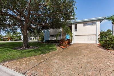 10202 3RD Street E, Treasure Island, FL 33706 - MLS#: U8022169
