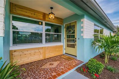 5821 41ST Avenue N, St Petersburg, FL 33709 - MLS#: U8026317