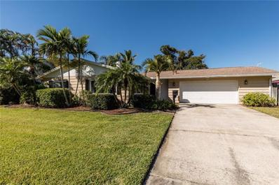 2027 Montana Avenue NE, St Petersburg, FL 33703 - MLS#: U8026987
