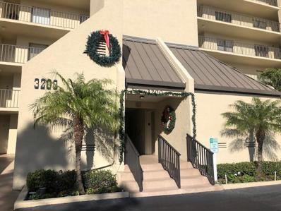 3200 Cove Cay Drive UNIT 6B, Clearwater, FL 33760 - #: U8028892