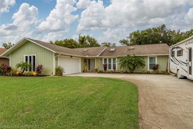 1206 Wayne Avenue, New Smyrna Beach, FL 32168 - #: V4910283