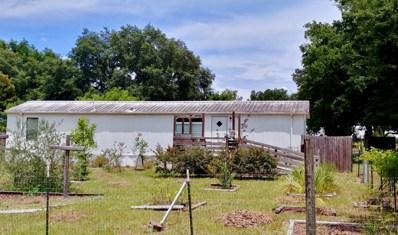 Interlachen, FL home for sale located at 806 Lenore Ave, Interlachen, FL 32148